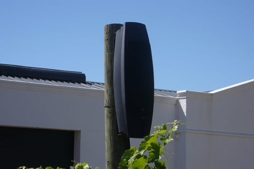 image of a speaker in the vineyards of De Morgenzon